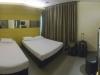 Трехместный номер в гостинице Rochor 81