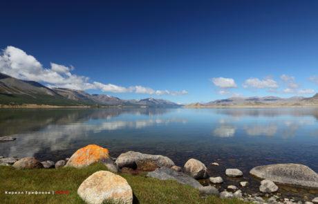 Озеро Хотон нуур