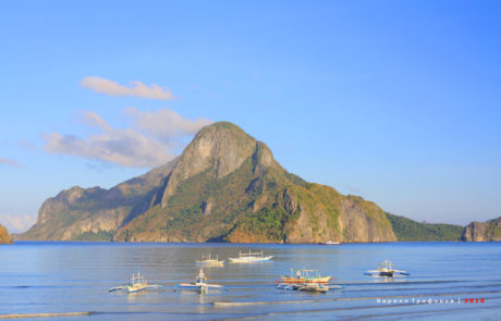 Sunrise in El Nido village