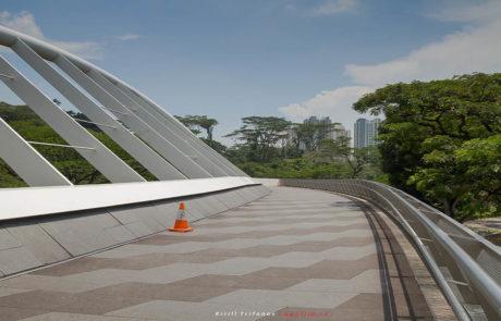 Мост в парк Talok Blangan Hill