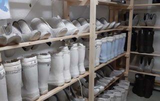 Обувь для катания на снегоходах