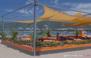 Песчаный пляж 2к19 в Геленджике - бар