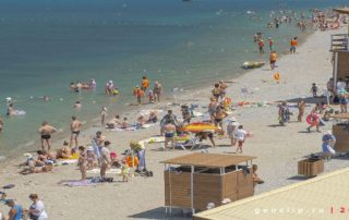 """Пляж """"Нива"""" в Геленджике"""