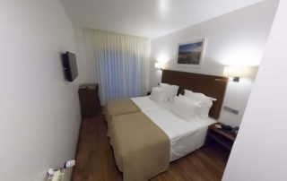 Hotel Miramar - São Pedro de Moe - номер в отеле