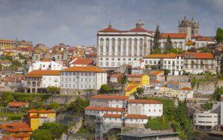 Набережная Дуэро в Порто