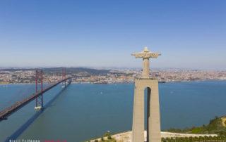 "Статуя Христа и мост ""25 Апреля"""