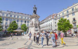 Площадь Praça Luís de Camões