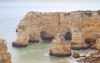 "Пляж ""Praia da Marinha"""
