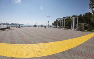 Вход на пляж Лермонтовский и Приморье